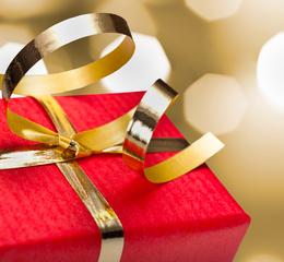 大切な人の誕生日に贈りたい!写真を使ったプレゼントのアイディア特集サムネイル