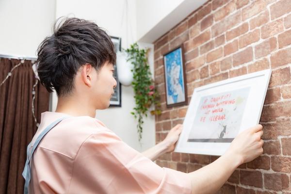 写真を壁に飾る際におしゃれに魅せるポイントと注意点サムネイル